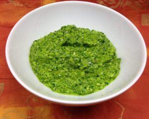 Bärlauch Pesto mit Pinienkernen