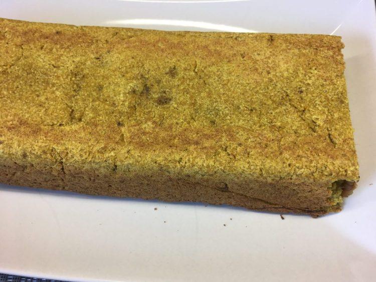 Zutaten für das Bananen Feigen Brot mit Ingwer, Orange, Mandelmus und Walnüssen