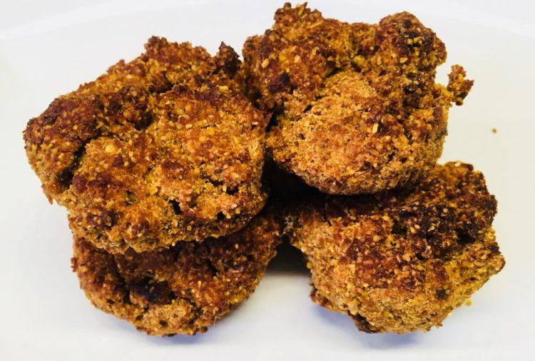 Polenta Muffins mit Tomaten und Chili