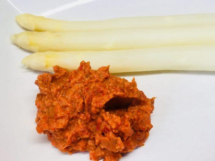 Spargel mit Romanesco Sauce