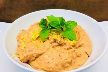Paprika Chili Hummus