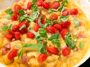 Bauern-Omelette mit Katroffeln und Mettwurst