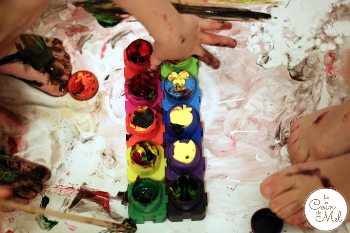 Messy Play in the Bath - Messy
