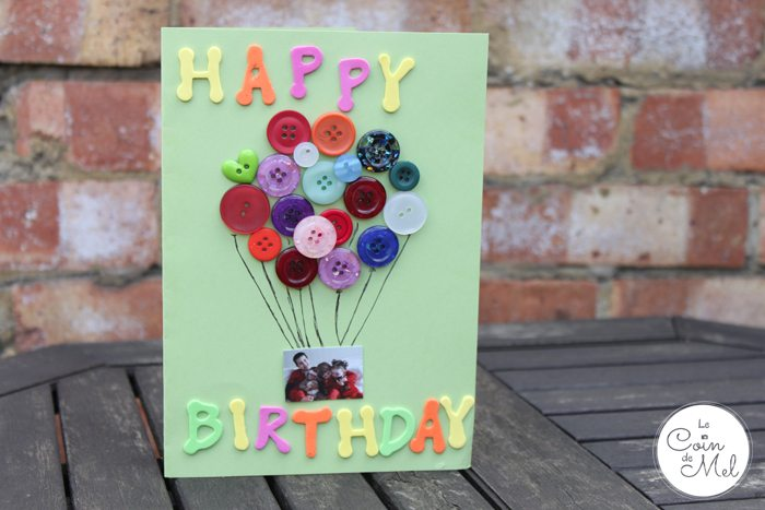 10 Minute Crafts – A Thoughtful but Quick Homemade Card Using a Photo and Buttons - so pretty!