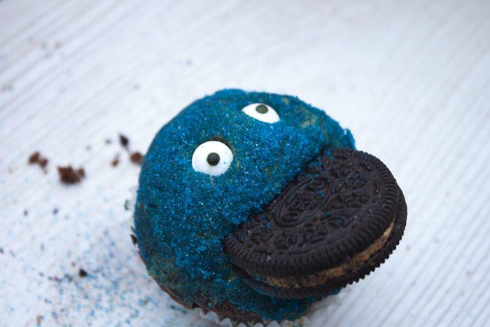 Oreo Peanut Butter Cupcakes - Crevette's Coookie Monster