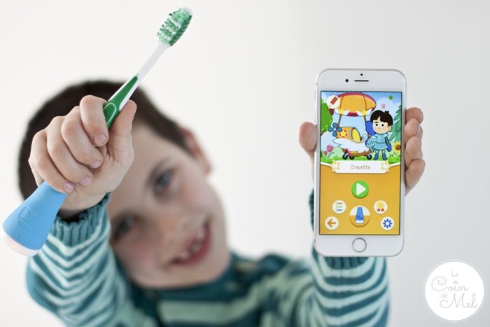 A Review of the Playbrush Toothbrush Game Controller - Unboxing and Demo - Love Playbrush