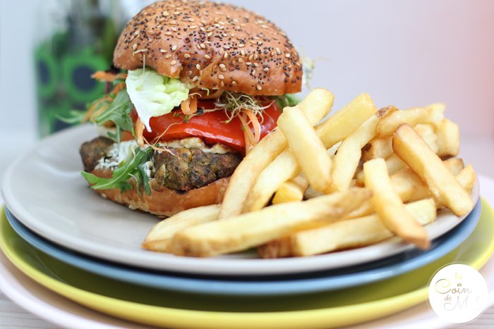 A Family Feast at Home with Deliveroo - Burger