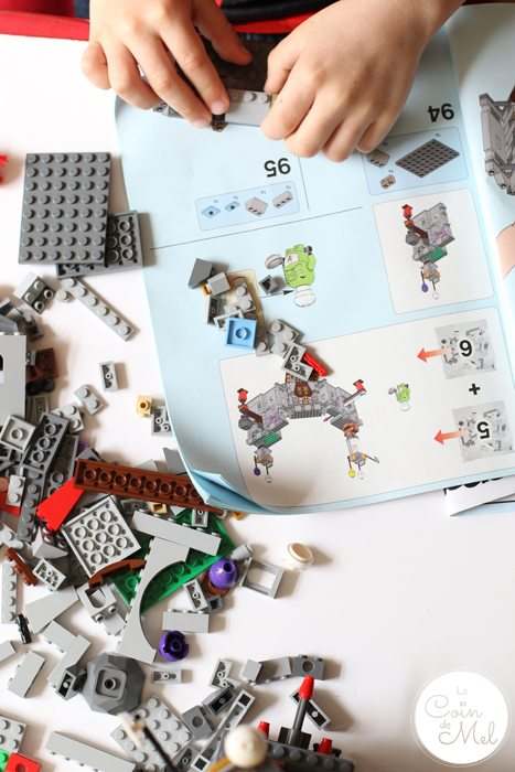 Sunshine, Kinder Bueno Milkshakes, Play Dates & LEGO® - Following Instructions