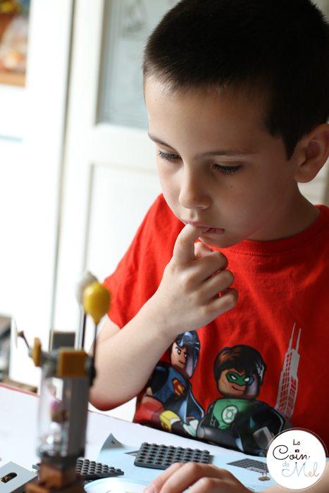 Sunshine, Kinder Bueno Milkshakes, Play Dates & LEGO® - Problem Solving