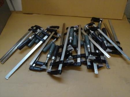 10 serre joints de 300 x 80 mm a 18