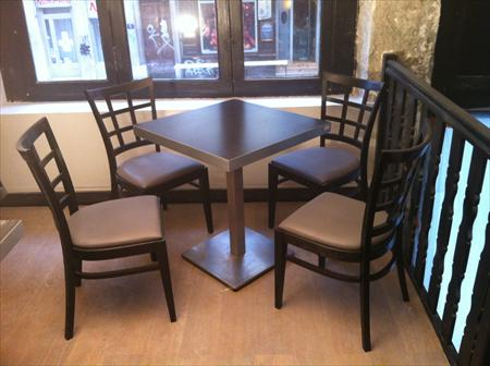 chaises assortis salles bar restaurant