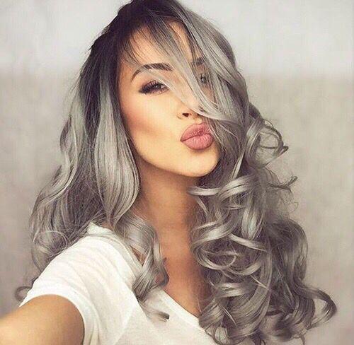 Coloration blonde sur cheveux gris