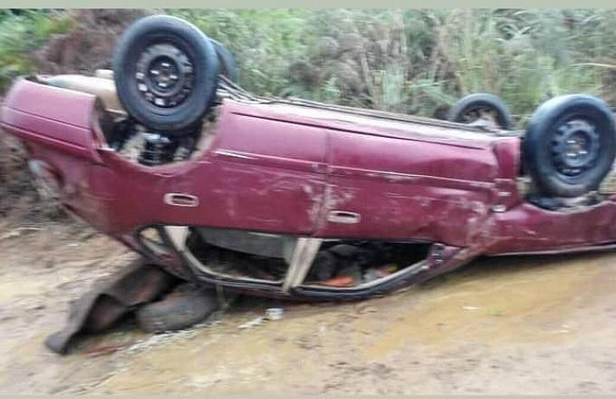 Un spectaculaire accident de la circulation près de Mbinda : double fracture du tibia pour le chauffeur
