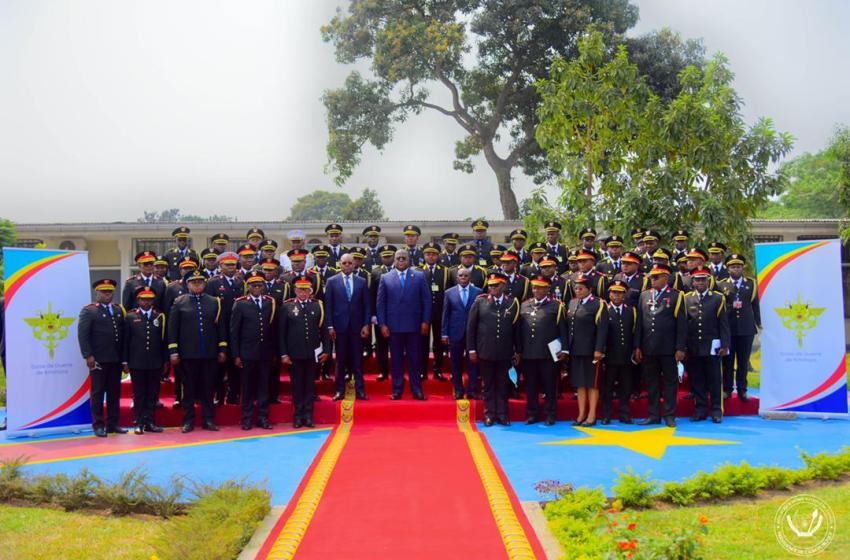 Ecole de guerre de Kinshasa : remise des brevets aux lauréats de la première promotion