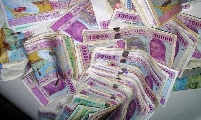 Des acteurs économiques formés à la détection des opérations de blanchiment d'argent