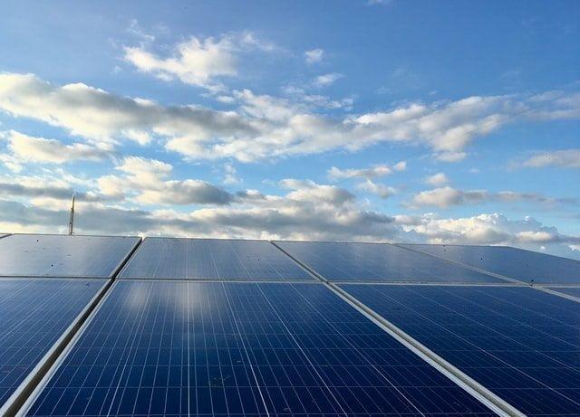 Fotovoltaico galleggiante: la nuova frontiera dell'energia
