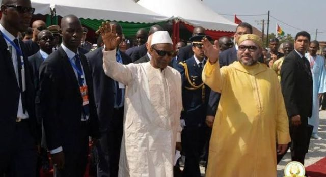 Le roi Mohammed VI et le président Alpha Condé visitent le chantier de construction du débarcadère de Téminitaye