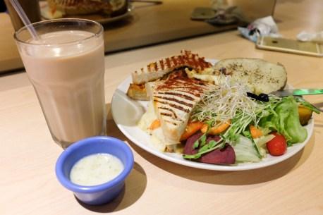 台北市中正區|華山 Cube Brunch 丘比手作土司早午餐 起司瀑布 性價比高 超大份早餐