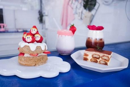 台中市北區|有點甜 Cafe a little sweet 巷弄裡的藍白色美拍甜點店 少女心爆棚