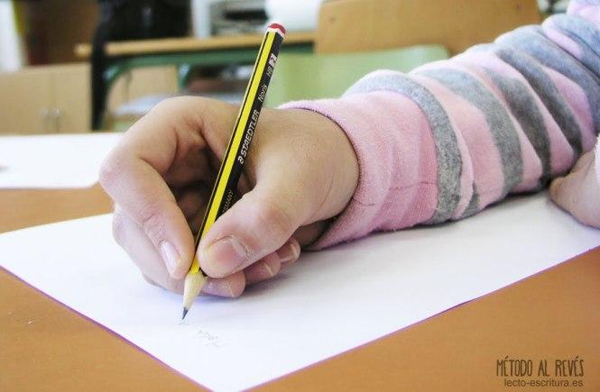 Prensión correcta del lápiz