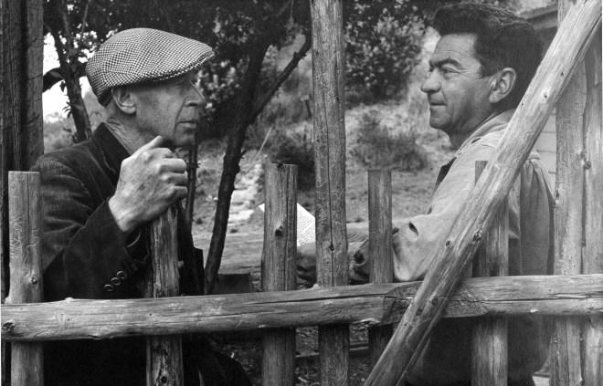 Henry Miller (a la izquierda)