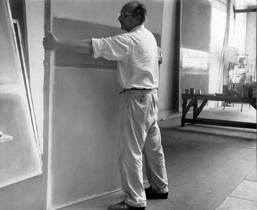 Rothko. Retrato en estudio. Foto por Henry Elkan (1954)