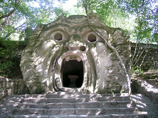 Entrada a Bomarzo, el Parque de los Monstruos