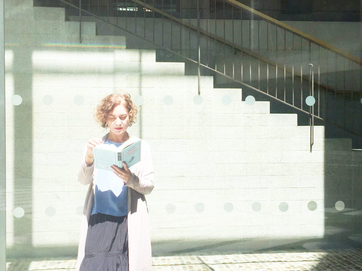 Mikita Brottman, contra prejuicios y deberes a la hora de leer