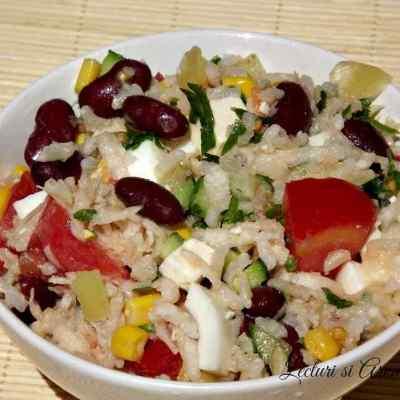 Salata de vara cu orez si gulie