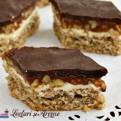 Prajitura Snickers cu nuca si caramel