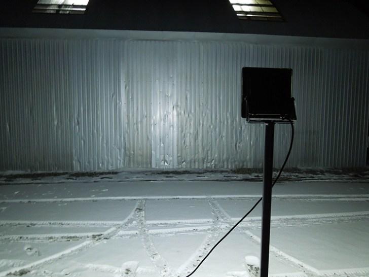 20w投光器・屋外点灯写真