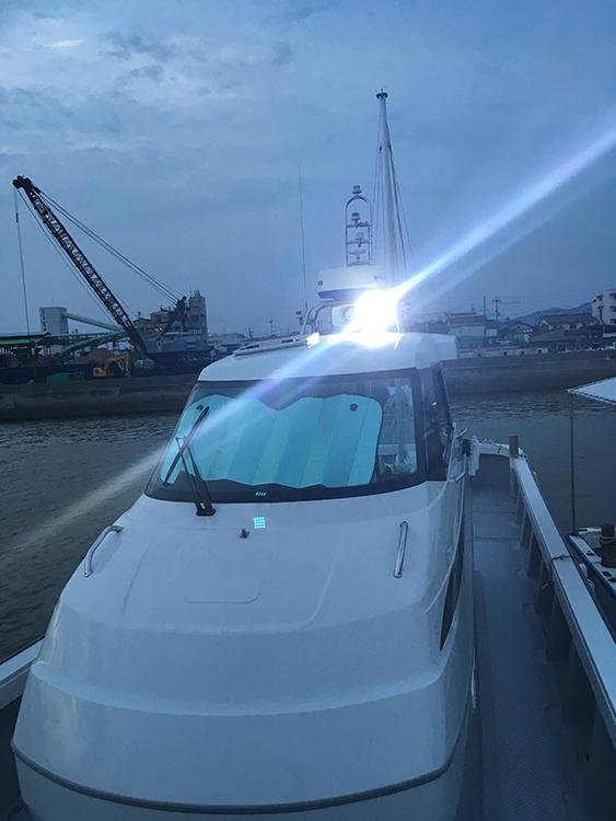 船舶・作業灯ステー利用事例
