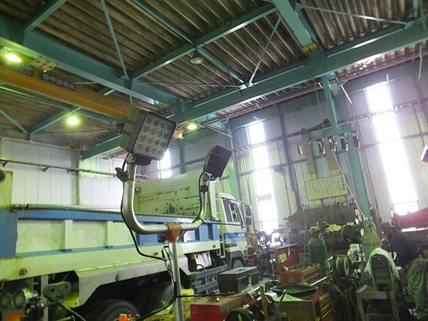 溶接工場 48w作業灯使用写真