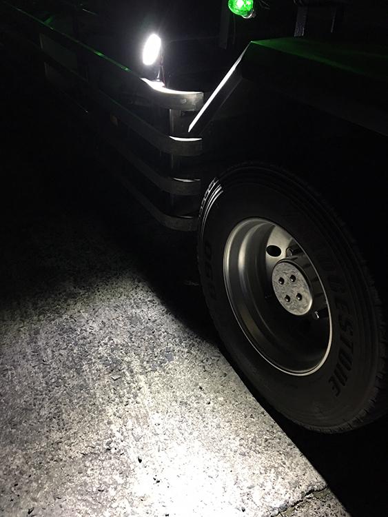 タイヤ灯・トラック設置事例