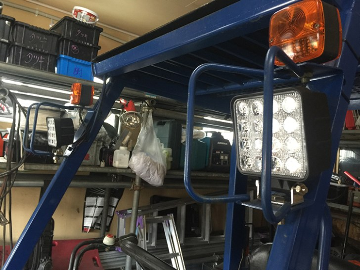 フォークリフト・作業灯設置写真