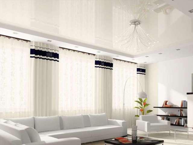 Токсово, Советская ул., Белый потолок в гостиную, Цена с установкой 9560 рублей