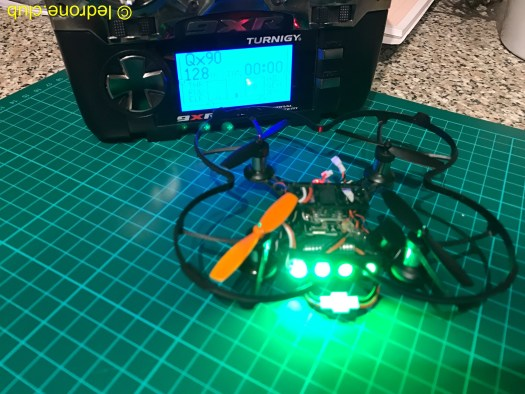 QX90 avec LEDs