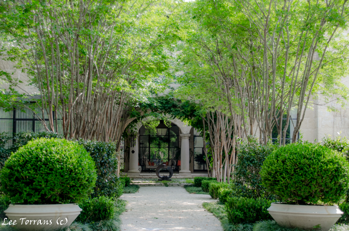 Crape Myrtle Alley Entrance