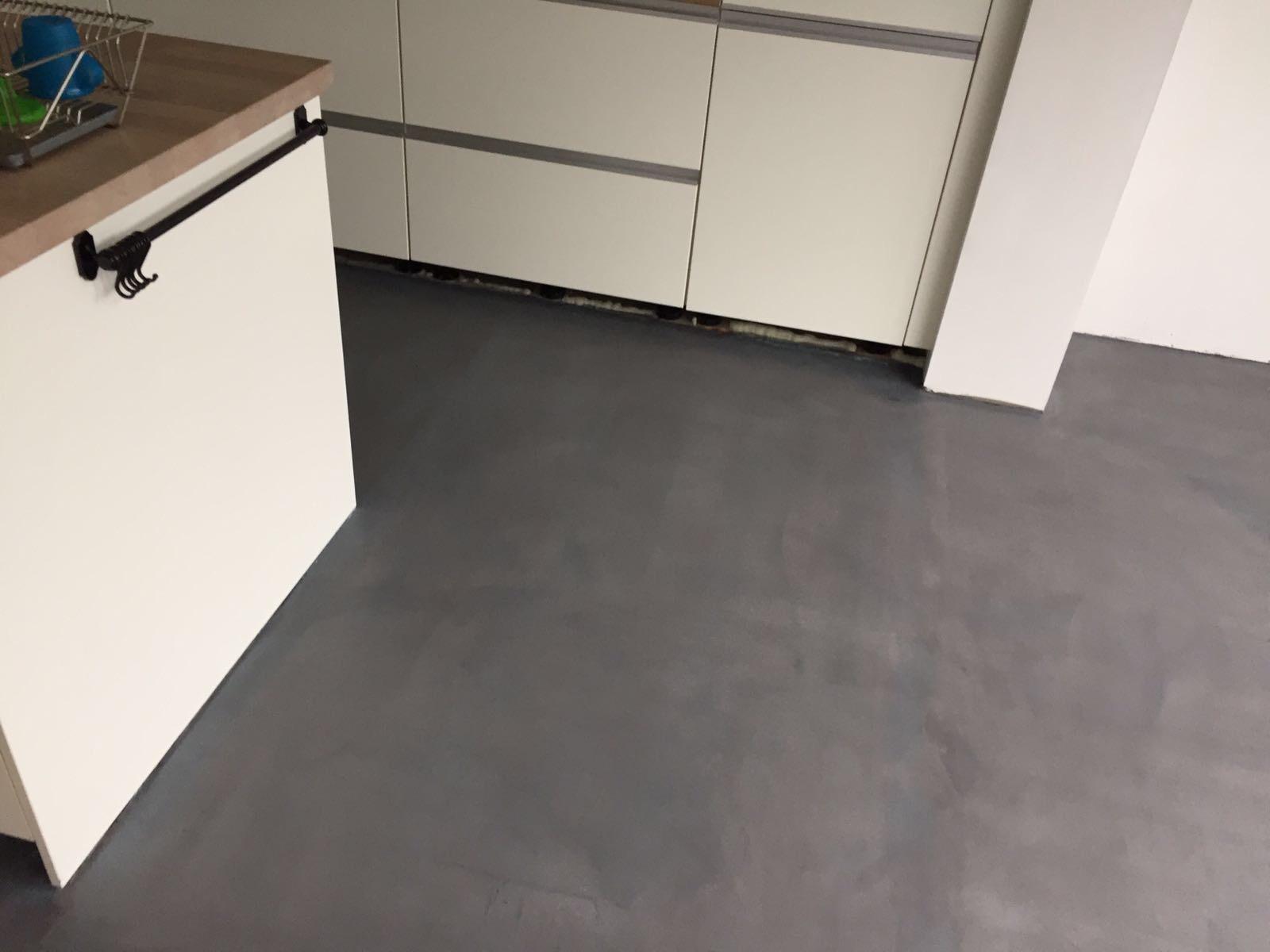 Betoon Look Vloer : Leef beton keukenvloer u waterdichte betonlook vloer voor in de keuken