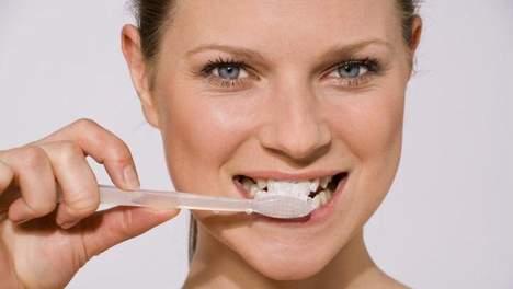 Dagelijks driemaal je tanden poetsen is niet voldoende voor mooie en gezonde tanden