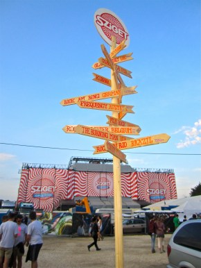 Sziget festival 2013 sign post