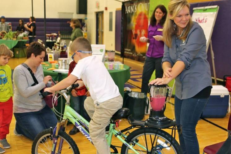 Leland Farmers Market bike