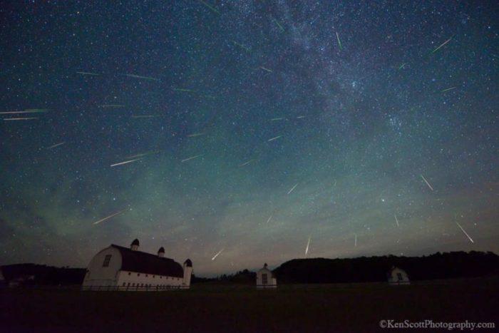 D H Day Farm ... perseid meteor shower