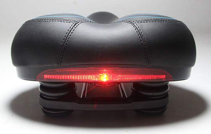 ERGOLight Saddle with Integrated Rear Light – Gel Cushioned