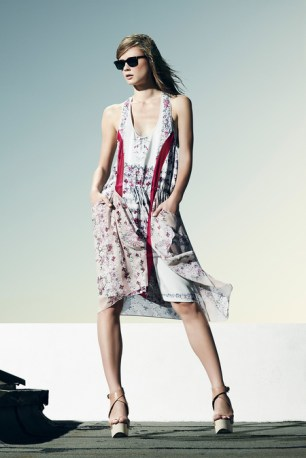 BCBGMaxAzria_Resort2014_4