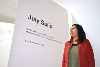 july-solis-lee-poesia