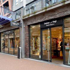 vd vegt boekverkopers nijmegen https://www.libris.nl/dekker-vd-vegt/