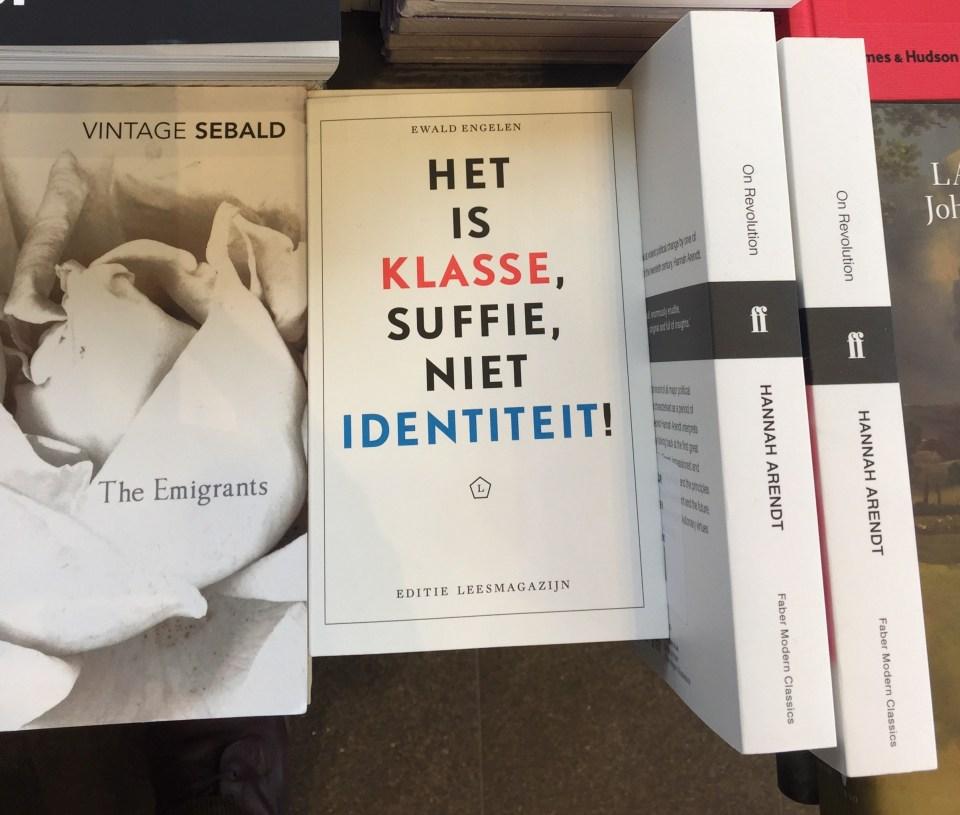 bookstore Stedelijk Museum Amsterdam - Het is klasse suffie - Ewald Engelen