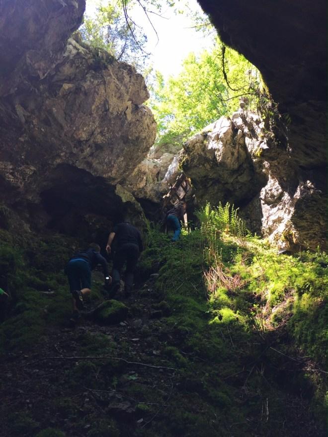 albanien-razem-hoehlenwanderung-hinaus