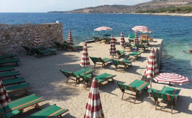 albanien-strand-bei-saranda